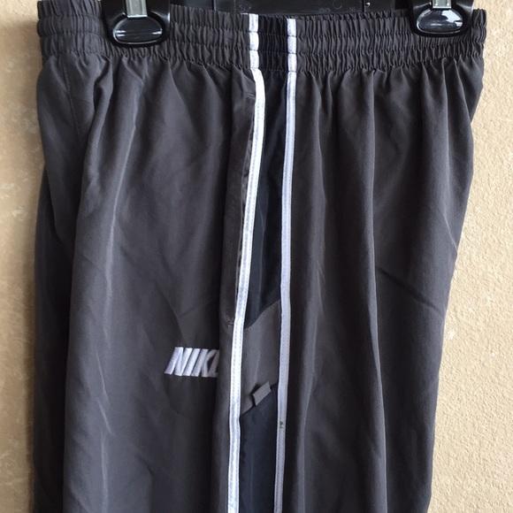 Nike Other - Boys Nike warm up pants size 12/14